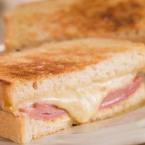 sandwich-jamonyqueso